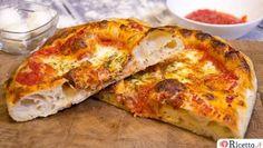 L'impasto per pizza a lunga lievitazione permette di ottenere una pizza più digeribile impiegando una quantità di lievitomolto inferiore rispetto agli impasti tradizionali. In particolare ci soffermeremo in due tipi di impasti indiretti(dove cioè gli ingredienti e la preparazione vengono suddivise in più