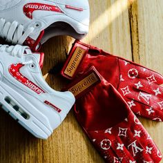 Nike Air Max 1 Supreme custom (by bespoke_ind)