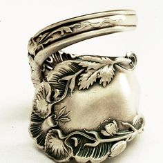 This Vintage Victorian spoon ring is adorned with high relief Oak leaves. Show your sweetheart that eco-friendly, recycled Spoon jewelry is both