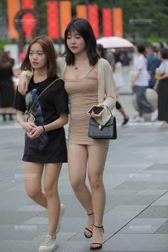 Japanese Street Fashion, Asian Fashion, Girl Fashion, Women's Mini Skirts, Girls In Mini Skirts, Cute Japanese Girl, Bollywood Girls, Beautiful Girl Indian, Cute Asian Girls