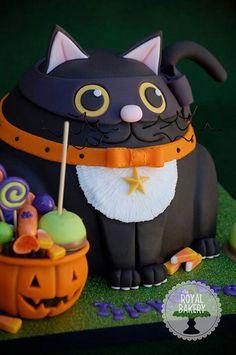 Black Cat Halloween Cake