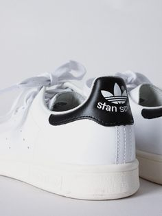 low priced dc77b 6e675 adidas Originals Stan Smith in white and black - APLACE Fashion Store    Magazine Original Stan