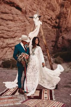 For the western or boho bride, turquoise is a must. By adding pops of your favorite shade you can infuse style and personality into your special day..