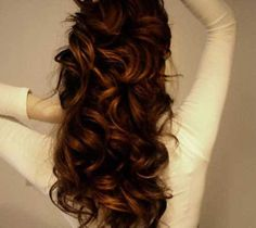 15 Incredible Long Curly Hairstyles: #9. Curly Half Updo Style