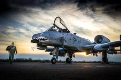 How a Small-Town Girl Ended Up in the Cockpit of an Warthog - The Drive Air Fighter, Fighter Pilot, Fighter Aircraft, Fighter Jets, Military Jets, Military Aircraft, Us Navy, Air Force, A10 Warthog