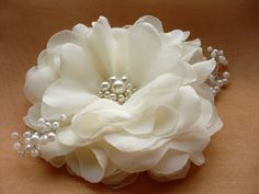 Ivory/white hair clip Ivory/white hair comb Flower by InColours, $19.00