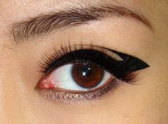 different eyeliner looks to try... some are more crazy some are pretty awesome for day to day!