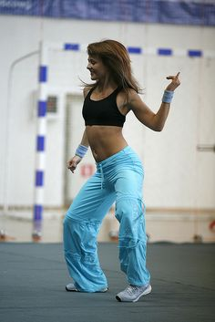 Dance lesson in fitness center www.viktoriya-fitness.ru     Cool pic, found it and thought of sharing it! I simply love everything regarding fitness ♥