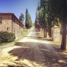 hemma hos Johanssons: bella italia, Toscan village with wineyard,  Italy
