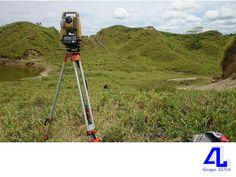 #MaquinariayEquipo Empleamos tecnología de punta. LA MEJOR CONSTRUCTORA DE VERACRUZ. Una de nuestras fortalezas en Grupo ALSA, es utilizar tecnología de punta para realizar obras de la más alta calidad, como el equipo topográfico satelital GPS Real Time, el cual nos permite la recolección de datos topográficos a través de dos receptores (base y móvil) que enlazan al menos con seis satélites. Le invitamos a visitar nuestra página en internet www.grupoalsa.com.mx.
