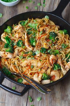 Chicken Pasta and Broccoli Skillet – Flavor overload! Make your own take-out at home with this super easy chicken recipe. : Chicken Pasta and Broccoli Skillet – Flavor overload! Make your own take-out at home with this super easy chicken recipe. Best Pasta Recipes, Chicken Recipes Video, Healthy Chicken Recipes, Asian Recipes, Cooking Recipes, Wok Recipes, Stir Fry Recipes, Spaghetti Recipes, Asian Foods