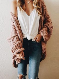 19b55130d Oversized sweater cardigan chunky knits outfits for fall and winter  boyfriend style
