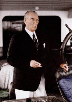 Atatürk on Savarona