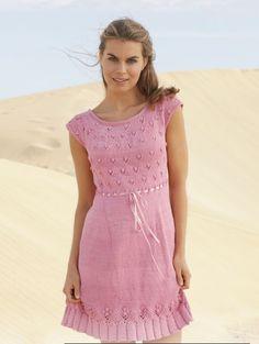 Нежное розовое платье спицами: схема вязание с описанием