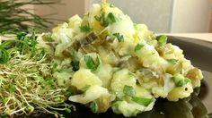 Простенький салат «Баварский», который обычно готовят с майонезом, можно подать и на постный стол: если заправить его постным соусом. По...