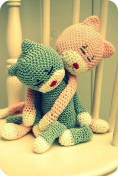 How to crochet amineko? Full video tutorial here: https://www.youtube.com/watch?v=xSdIHDU8vc4&list=PLoh5l3A2Cl695_CjCf11y9qAAK9YLRVGG