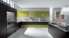 Elegant Style of Grey Walls Kitchen with Green Accent plus Shiny Countertop Design Lime Green Kitchen, Green Kitchen Cabinets, Kitchen Cabinet Styles, Kitchen Decor, Kitchen Grey, Nice Kitchen, Kitchen Tips, Kitchen Ideas, Kitchen Island
