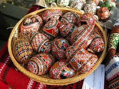 Oua incondeiate - Romanian traditional #Easter #eggs
