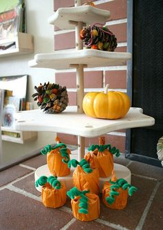 6e17142b702 PUMPKIN TREAT HOLDERS ... We are huge lovers of fall and Halloween crafts  here