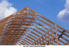 How to Frame a Roof Truss thumbnail