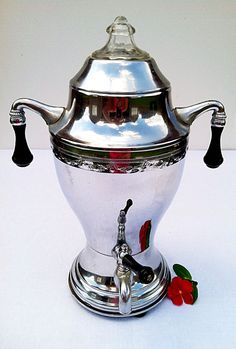 Vintage 1930s Continental Silver Co. Art Deco Coffee Urn Percolator Pot Silver Plated Chrome with Bakelite
