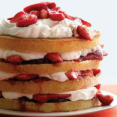 recipe for strawberry shortcake cake recipe for strawberry shortcake cake is one of America's favorite desserts. Köstliche Desserts, Delicious Desserts, Dessert Recipes, Paleo Recipes, Flourless Desserts, Paleo Food, Sweet Desserts, Healthy Desserts, Paleo Diet