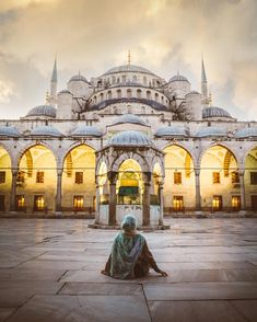 Blue Mosque, Istanbul, Turkey Picture by founder Istanbul Turki, Turkey Travel Planner, Turkey Destinations, Turkey Vacation, Earth City, Borobudur Temple, Istanbul Travel, Le Shop, Blue Mosque