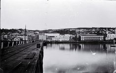Jetty Street and wharf, Dunedin : [ca. City Library, Old And New, Old Photos, New York Skyline, Princess, History, Street, Travel, Design