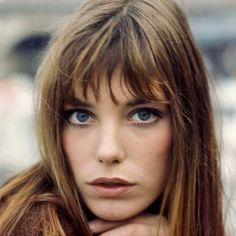 How To Get Chic French Girl Fringe | The Zoe Report