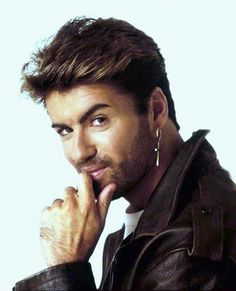 George Michael ft Mutya Buena This Is Not Real Love George Michael 80s, George Michel, Michael Love, Beautiful Voice, Beautiful Men, Andrew Ridgeley, Record Producer, Barista, Sexy Men