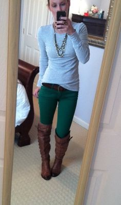 grey tee, forest green jeans, brown boots, long necklace