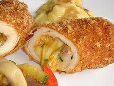 Nem vagyok mesterszakács: Kétféle cheddar sajttal és parasztsonkával töltött csirkemell cornflakes bundában színes zöldségekkel, krumplipürével, gravy mártással