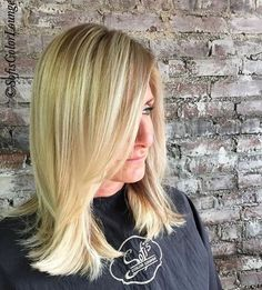 Hey #blondie 👋🏻 #goldwell #coolblonde #blondehair #blondebalayage #blonde #balayage #brickwall #lovekevinmurphy #americansalon #modernsalon #behindthechair #btc #njhairstylist #colormechristine #njhairsalon #cranford #summit #westfield #nj #sofiscolorlounge @colormechristine