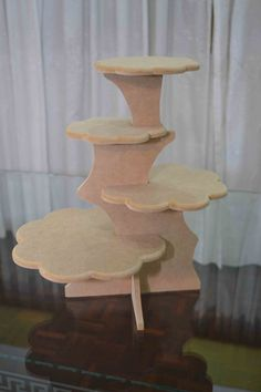 Discover thousands of images about Display stand kit - straight Cake And Cupcake Stand, Cupcake Display, Cake Stands, Wooden Crafts, Diy And Crafts, Porta Cupcake, Craft Booth Displays, Craft Stalls, Vintage Scrapbook