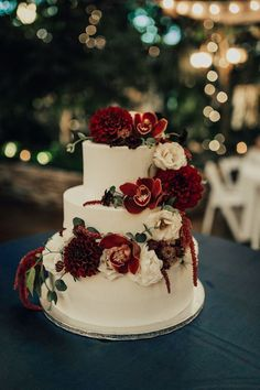 The most popular wedding cakes 2019 - elegant wedding .- The most popular wedding cakes 2019 – elegant wedding cake with burgundy flowers of orchids, dahlias and amaranthias for wedding in the forest … – Fall Weddings - Burgundy Wedding Cake, Black Wedding Cakes, Floral Wedding Cakes, Fall Wedding Cakes, Wedding Cake Rustic, Wedding Cakes With Cupcakes, Elegant Wedding Cakes, Wedding Cakes With Flowers, Floral Cake