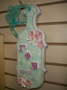 So cute- I love the colors!  (Note: This is just a craft.  Gamma Phi does not support hazing)
