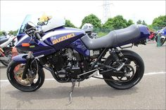 ROAD RIDER: Street motorcycle in Japan - SUZUKI GSX400S KATANA Custom Bike