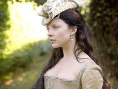 Love this jaunty hat. Natalie Dormer as Anne Boleyn