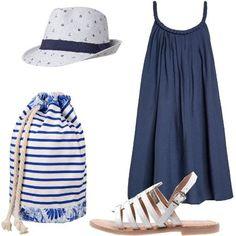 Outfit pratico e comodo per le vacanze estive composto da ampio abito senza maniche abbinato a sandali con fibbia. Cappelli e zaino in tessuto con coulisse.
