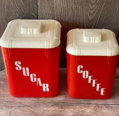 Kitchen Containers, Plastic Containers, Atomic Age, Kitchen Cupboards, Canisters, Mid-century Modern, I Shop, Retro Vintage, Red And White