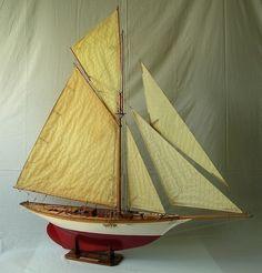 https://flic.kr/p/e9UT7a | Maquette Ancien yacht voilier AVEL Camper & Nicholson