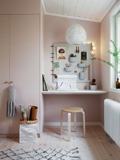 Amazing my scandinavian home: Green and Pink Accents in a Beautiful Swedish Family Home - Best Decoration ideas for the home Bedroom Study Area, Kids Bedroom, Bedroom Decor, Study Room Kids, Study Rooms, Small Study Area, Study Space, Study Areas, Scandinavian Kids Rooms