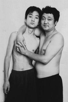 Vater und Sohn schiessen jedes Jahr das gleiche Foto – zumindest 28 Jahre lang - Storyfilter