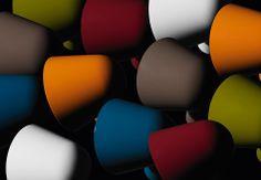 Lampe de table BINIC, existe en différentes couleurs : amarante, orange, blanc, gris, bleu, verte - FOSCARINI #lampe #foscarini