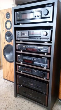 Audiophile Speakers, Hifi Stereo, Hifi Audio, Best Hifi, Home Theater Sound System, Audio Rack, Stereo Cabinet, Radio Antigua, Hi Fi System