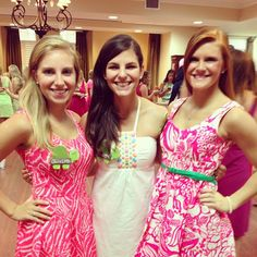 Delta Zeta sisters on Bid Day