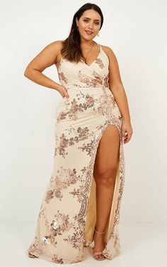 Complete your look with the Out Till Dawn Dress In Rose Gold Sequin from Showpo! Gold Formal Dress, Formal Dresses, Maxi Dresses, Summer Family Pictures, Family Picture Outfits, Curvy Outfits, Backless, Sequins, Gowns