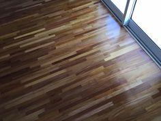 Piso do quarto finalizado! Taco de madeira grápia da empresa Pau Pau