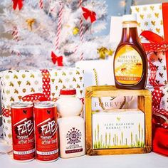 vina.aloe Forever Living Aloe Vera, Forever Aloe, Forever Business, Christmas Hamper, Forever Living Products, Herbal Tea, Candle Jars, Health Tips, Herbalism