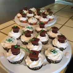 Cupcakes for Nona graduation today